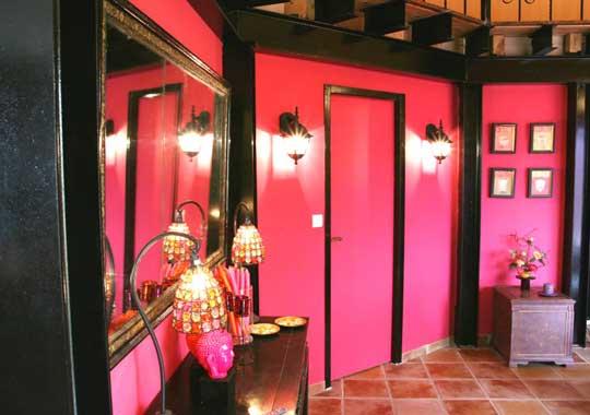 Besoin de conseil for Decoration chambre rose fushia et noir